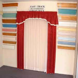 Examples of pelmets and valances.